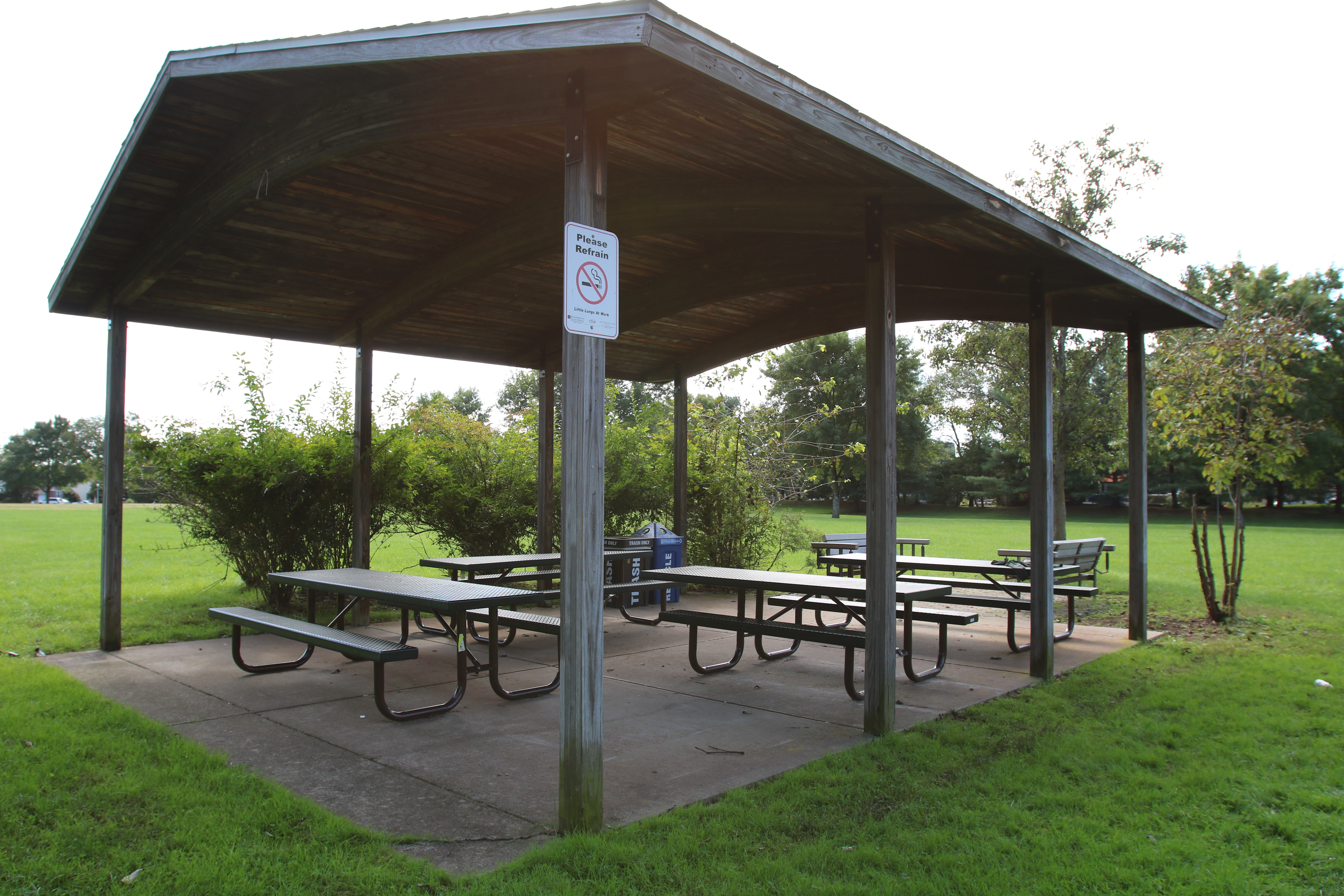 Picnic area near your furnished rental apartment in Branchburg, New Jersey